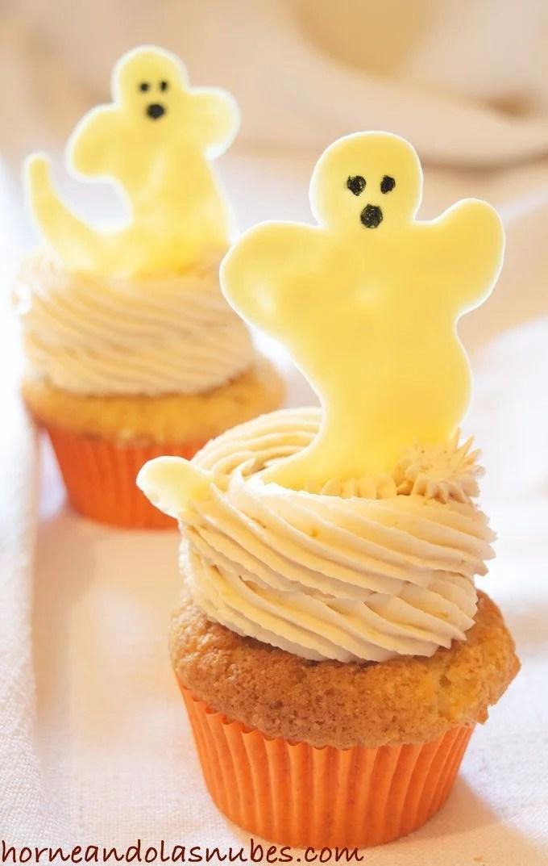 Cupcakes rellenos de manzana para halloween