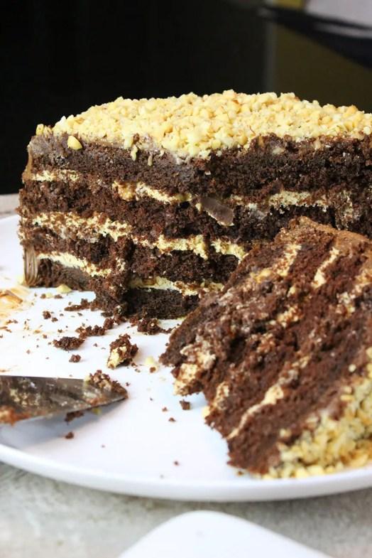 Pastel de sincker con betún de chocolate