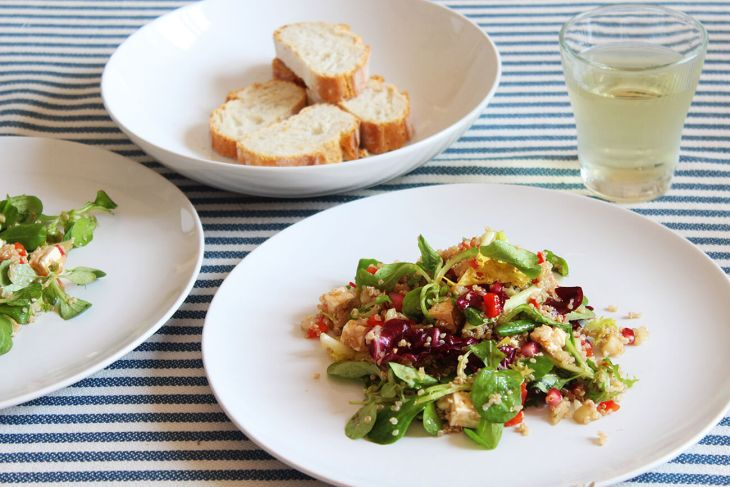 Quinoa salad with pomegranate recipe
