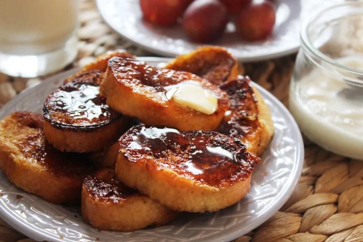 Pan francés o tostada francesa casera.