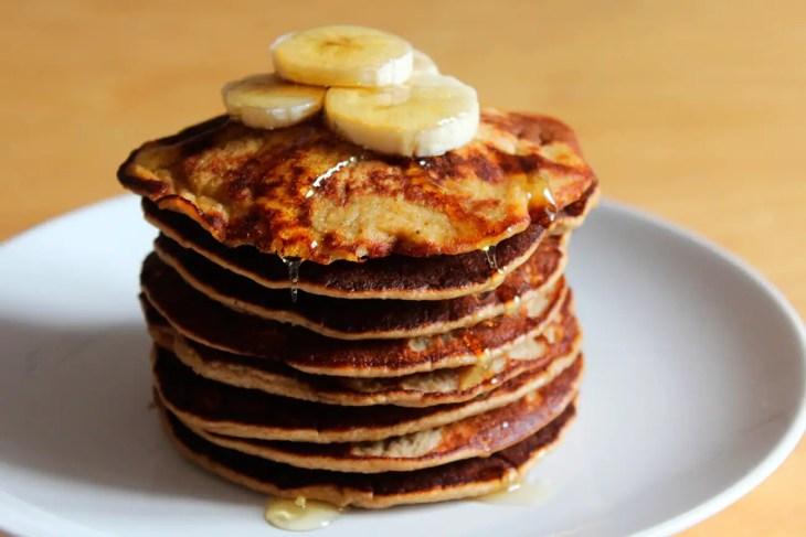 Panqueques de plátano sin gluten con avena