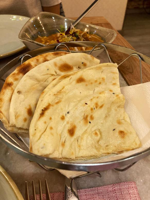 Butter Naan in Doli Madrid
