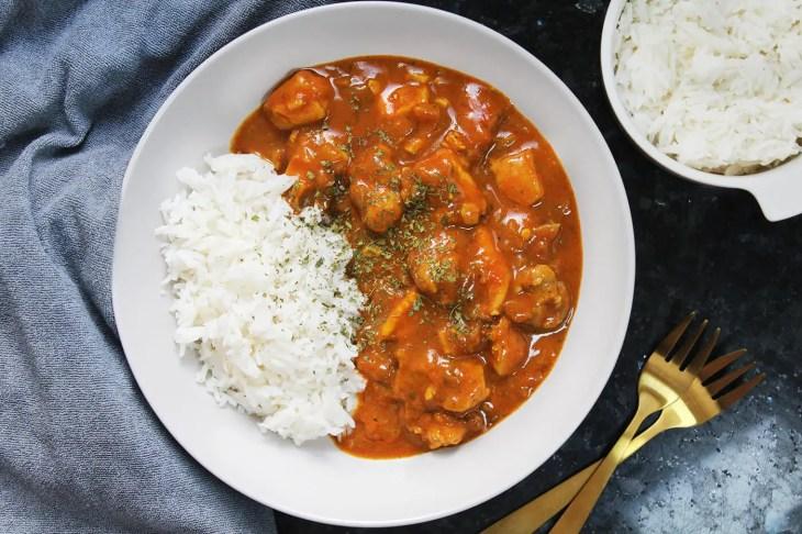 Curry de pollo con coco fácil