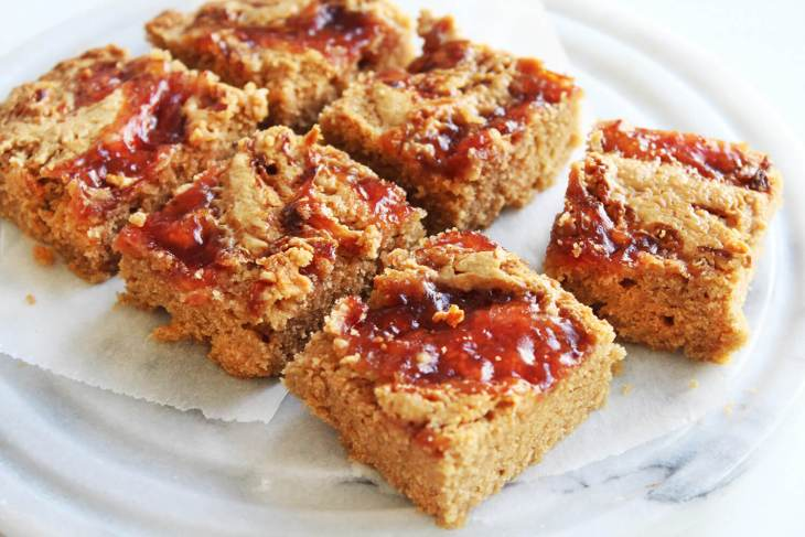 Peanut butter and jelly blondies recipe