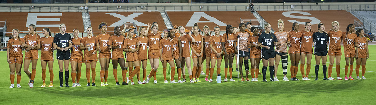 2021 Texas Soccer Team against New Mexico State