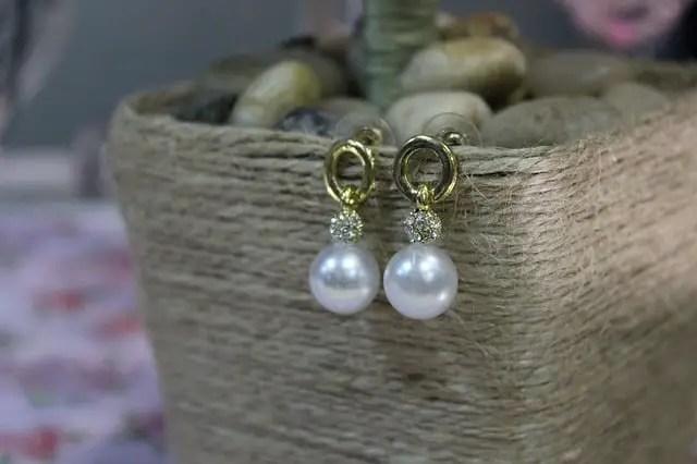 Aretes con perlas lo que significan en sueños
