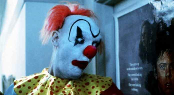 clownhouse 1989 review