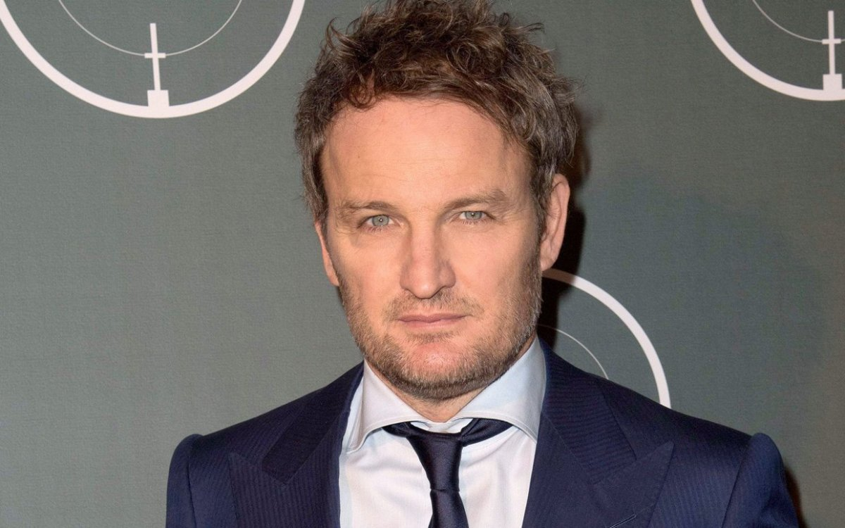 Will Jason Clarke Be Burying Anyone In The PET SEMATARY Remake?