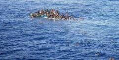 إنقاذ ثلاثة آلاف مهاجر غير شرعي قبالة السواحل الليبية