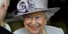 الملكة اليزابيث تحتفل بعيد ميلادها الواحد والتسعين