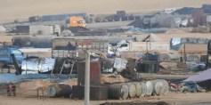 """عمليات نشطة لبيع النفط بين """"الإدارة الذاتية"""" الكردية ونظام الأسد"""