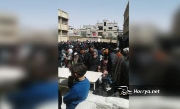 """عدسة حرية برس داخل مركز """"لاستقبال"""" مهجري الغوطة قرب العاصمة"""