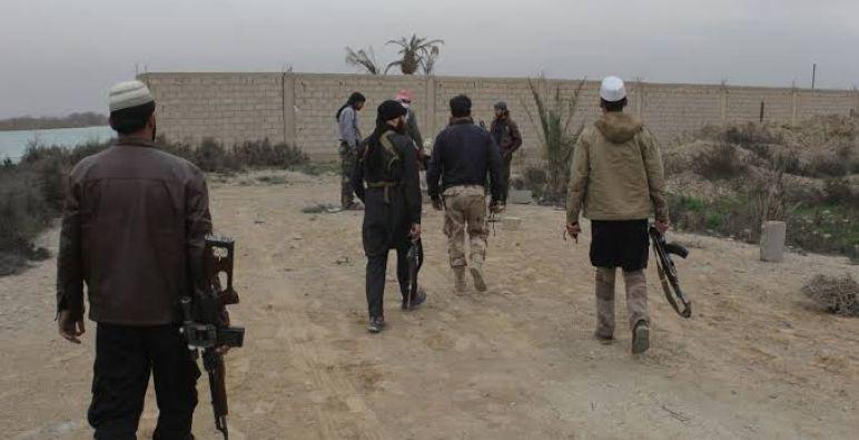 تنظيم الدولة يعدم مدنيين شرقي دير الزور