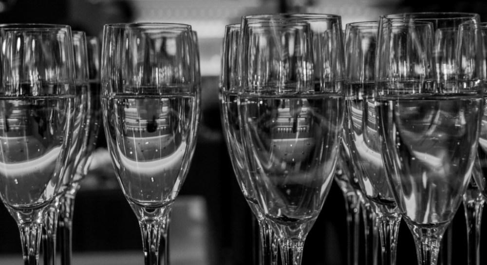 champagne-sparkling-wine