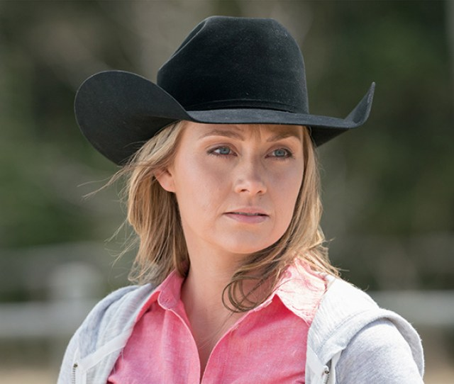 Amber Marshall Takes On The Role Of Mom