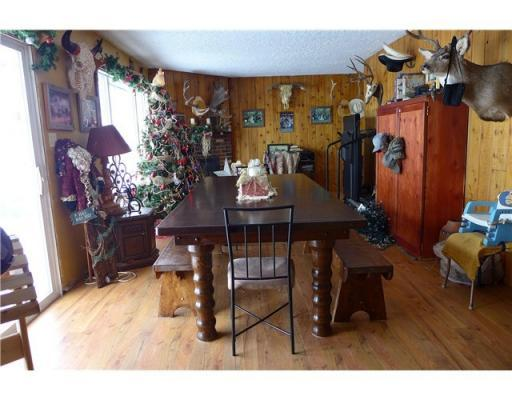 150 Mile House 6.77 acre Waterfront Home $234,900 - 3175 Horsefly Road, 150 Mile House