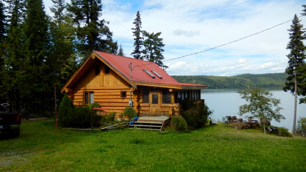 Waterfront Log Home on Horsefly Lake - 6731 Millar Road, Horsefly Lake, BC