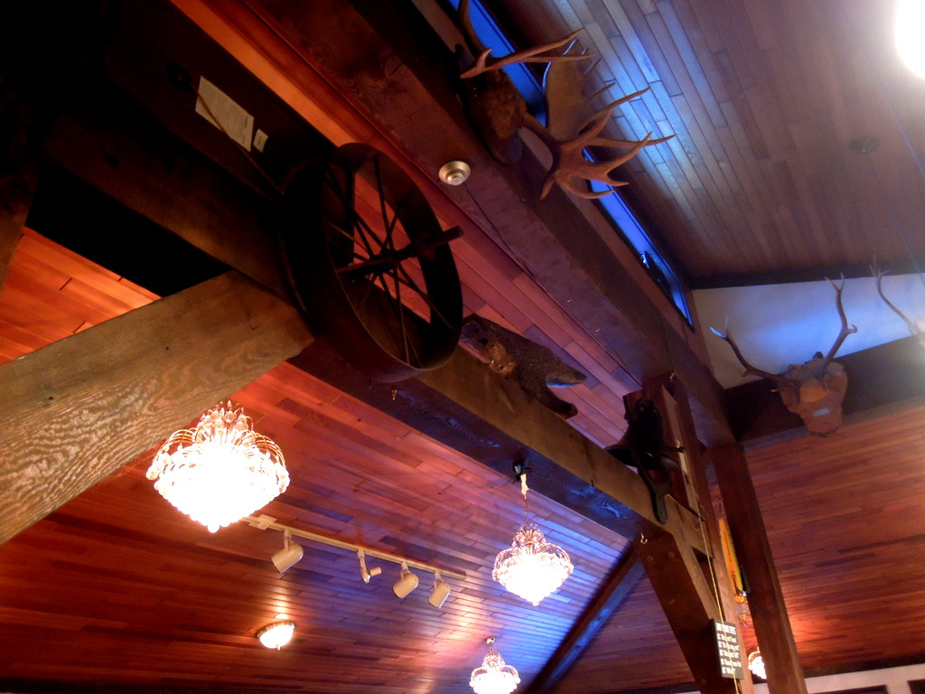 Horsefly BC Food & Restaurants: The Anvil Pub