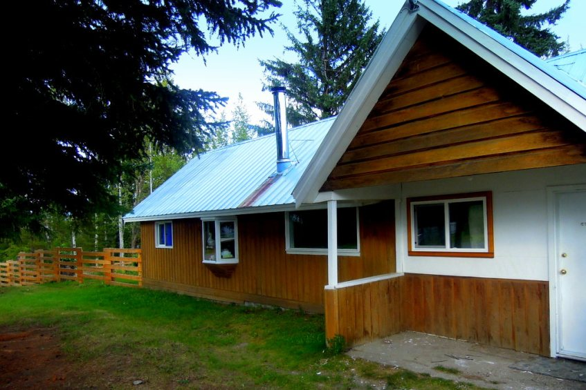 Affordable 3-Bedroom Home in Horsefly Village $139,000 - 5752 Horsefly Road, Horsefly BC