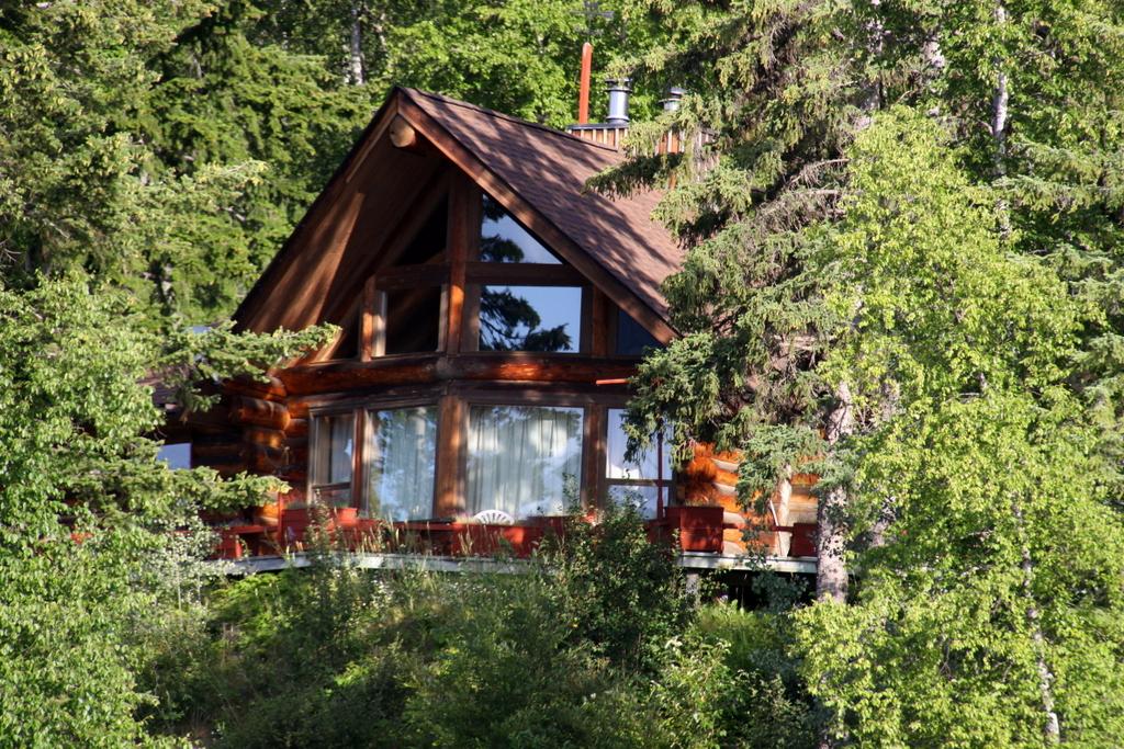 Sold Waterfront Log Home At Horsefly Lake Horsefly Realty