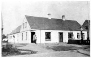 Brugsen, der lå på Bygaden 69, ca. 1950