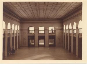 """ Forsamlingsbygningen - Valencias festsal"" 1923"