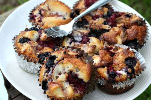 Individual Berry Cobbler Muffins