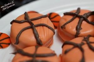 CandyDippedOREOBasketball