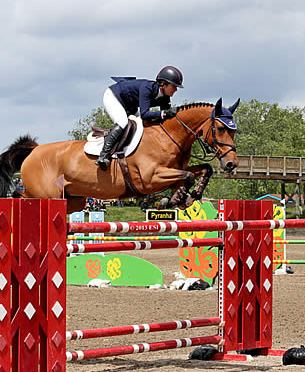 Christine McCrea Doubles Down and Wins $50,000 EMO Grand Prix at HITS Saugerties