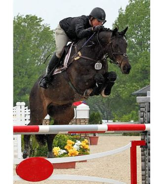 Kalvin Dobbs Dominates High Junior/Amateur-Owner Jumpers with Winde at Kentucky Spring Horse Show
