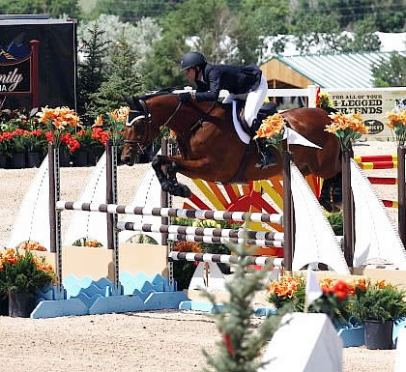 Hannah Holik Wins the $10,000 SJHOF High Junior/Amateur Jumper Classic