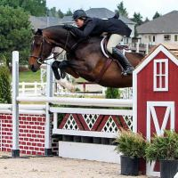 Brianna Davis and Riveting came away with the win in the $5,000 USHJA National Derby