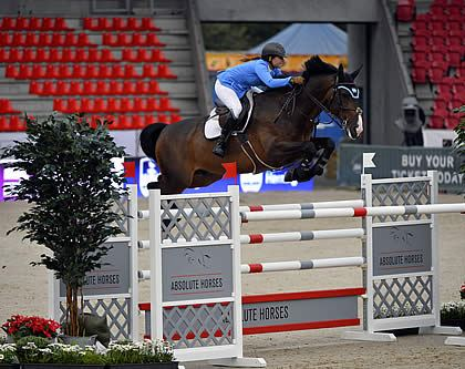 Danielle Goldstein Represents Israel in European Championships and Qualifies for 2014 World Equestrian Games