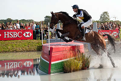 Brilliant Fox-Pitt Holds Top Three Places at Pau