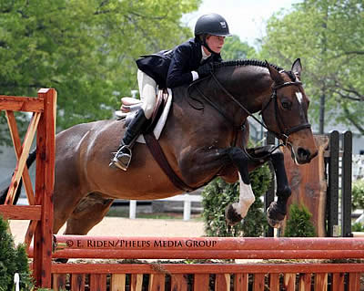 Guarantee and Claire Azar Claim NAL/WIHS Children's Hunter Classic Win at Kentucky Spring Horse Show