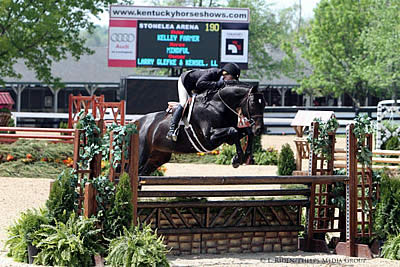 Mindful and Kelley Farmer at Home at Kentucky Spring Horse Show
