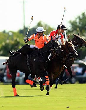 Arellano Clinches 9-8 Win for Coca-Cola, Defeats Las Monjitas in First Game of US Open