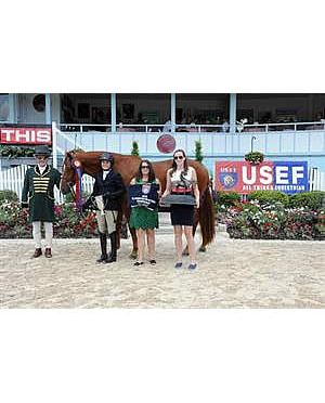 Colvin and Pilla Capture Grand Champion Titles at US Jr. Hunter Nat'l Championship East Coast