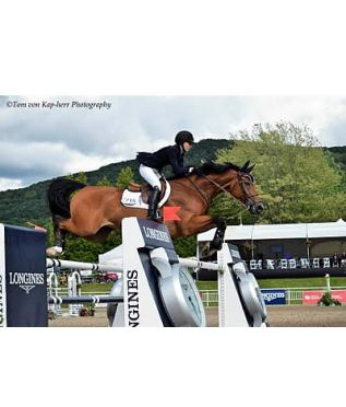 Lucy Deslauriers Takes 1.50m Welcome Victory at International Bromont