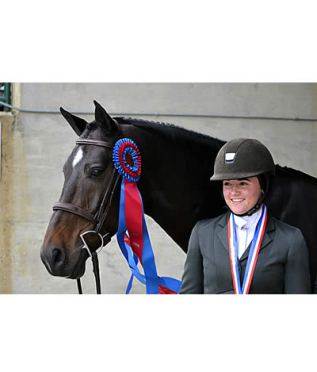 Yowan and McCloskey Collect Grand Champion Junior Hunter Honors