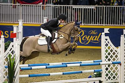 Laura Robertson Tops $5,000 Royal Pony Jumper Final at 2015 Royal Horse Show