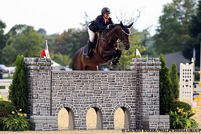 Lauren Hester Rises to the Occasion, Winning $25,000 Hagyard Lexington Classic