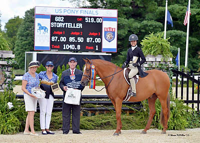 Storyteller and So Enchanted Receive Large Regular and Small Green Hunter Pony Titles