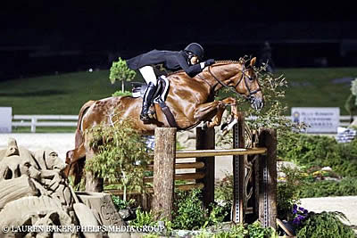 Kristy Herrera and Miss Lucy Capture 2016 USHJA International Hunter Derby Championship