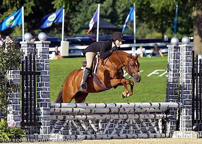 So Enchanted and Caroline Passarelli Earn Small Green Pony Hunter Championship