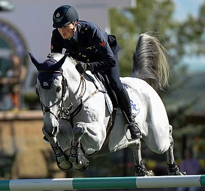 Spruce Meadows 'Masters' Begins with Wins for Lorenzo de Luca and Steve Guerdat