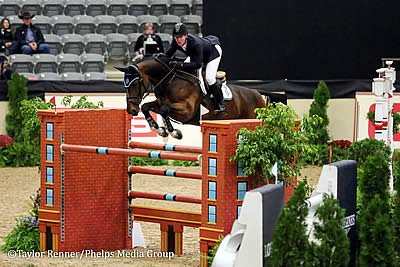 Watch the CP National Horse Show Live Online Beginning Sunday at 2:00pm