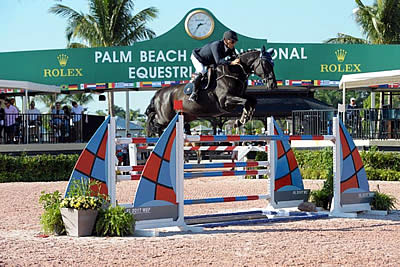 Samuel Parot and VDL Aberlino Ride to Blue in ESP Pre-Charity $25,000 Grand Prix