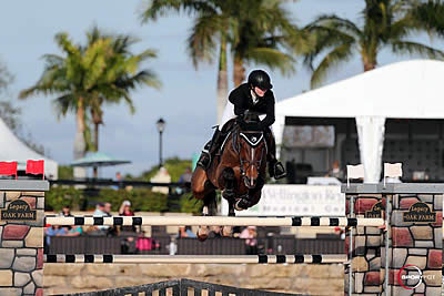 $75,000 Rosenbaum PLLC Grand Prix Victory Goes to Emily Moffitt and Tipsy du Terral
