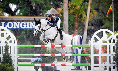 Vanderveen Punches Ticket to Paris with First Longines Victory in Ocala